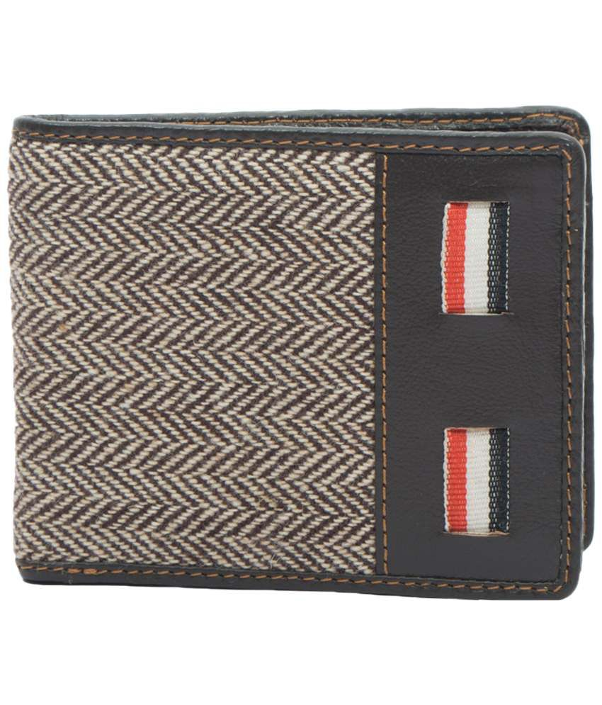 Paradigm Paradigm Black & Beige Designer Wallet For Men