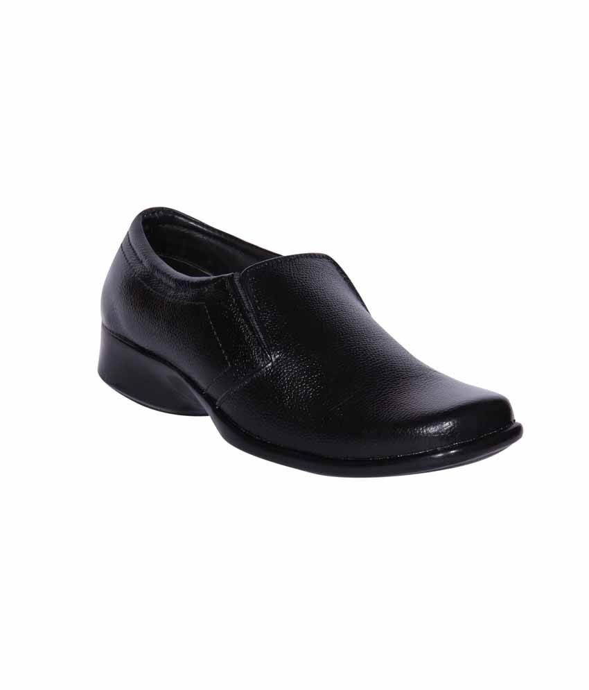 390b9670609 Funku Fashion Black Leather Formal Shoes For Men available at SnapDeal for  Rs.1679
