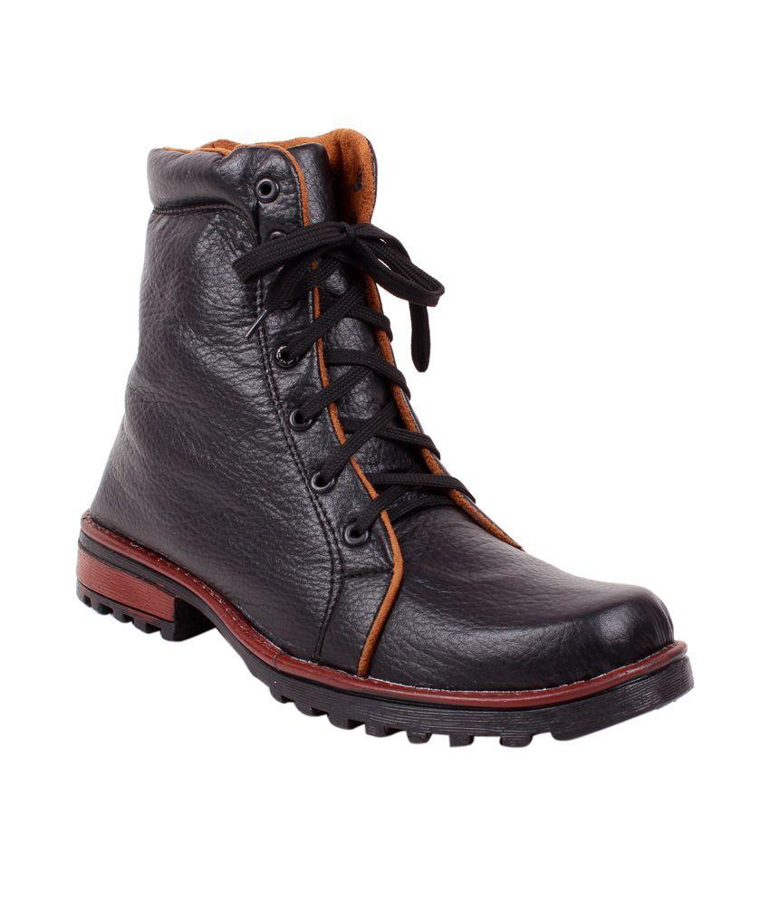Footfad Black Boot