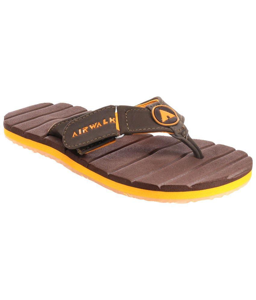 b6a233d3bd884 Airwalk Brown Flip Flops for Boys Price in India- Buy Airwalk Brown Flip  Flops for Boys Online at Snapdeal