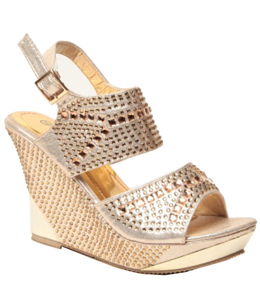 Anand Archies Fashionable Golden Heeled Sandals