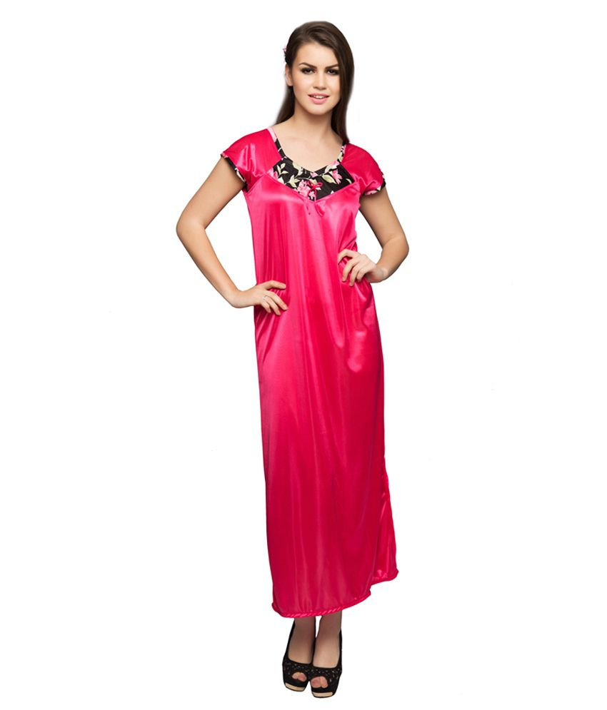 a0ebfff881 Buy Clovia Black Printed Nighty And Robe Set Online at Best Prices ...