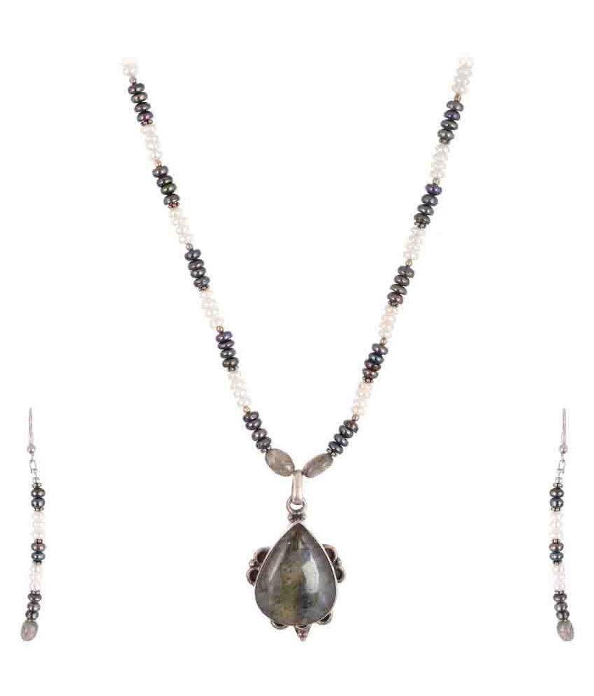 Yazat Contemporary Silver Necklace Set