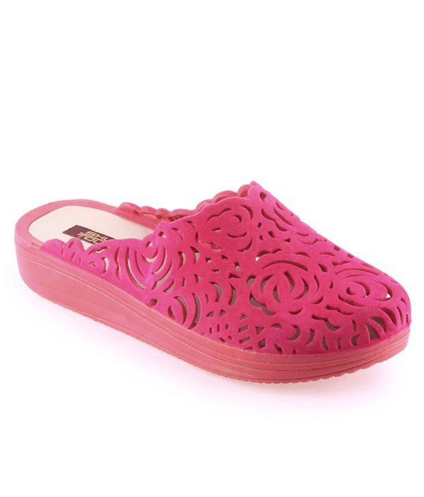 Shuz Touch Pink Synthetic Flat Flip Flops