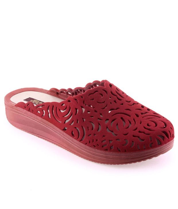 Shuz Touch Red Synthetic Flat Flip Flops