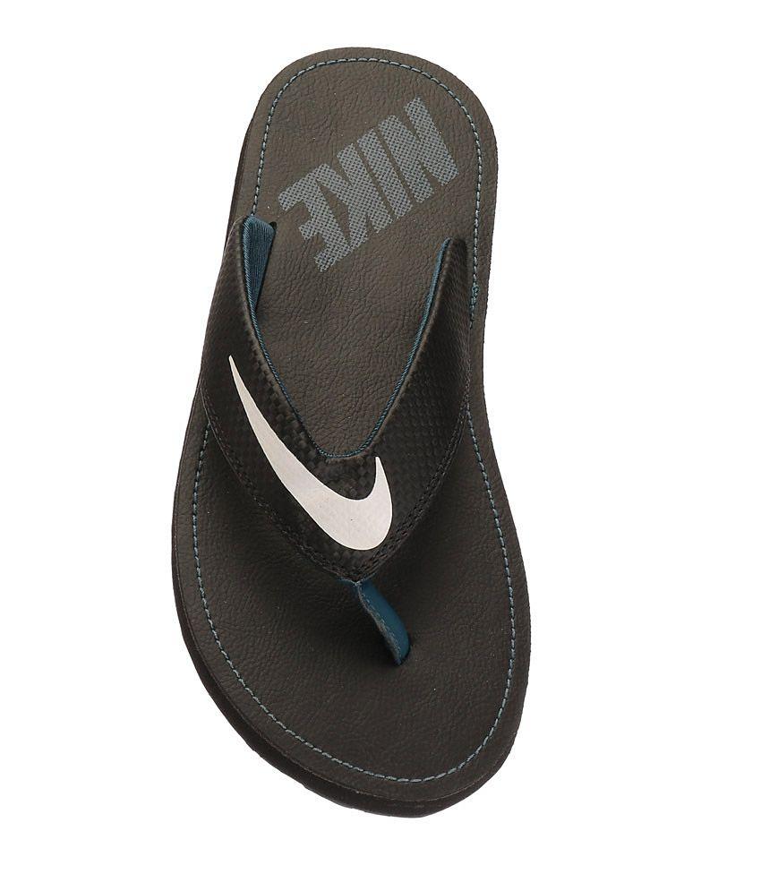 1b63a8af2dfea Nike Chroma Thong 4 Black Slippers Price in India- Buy Nike Chroma ...