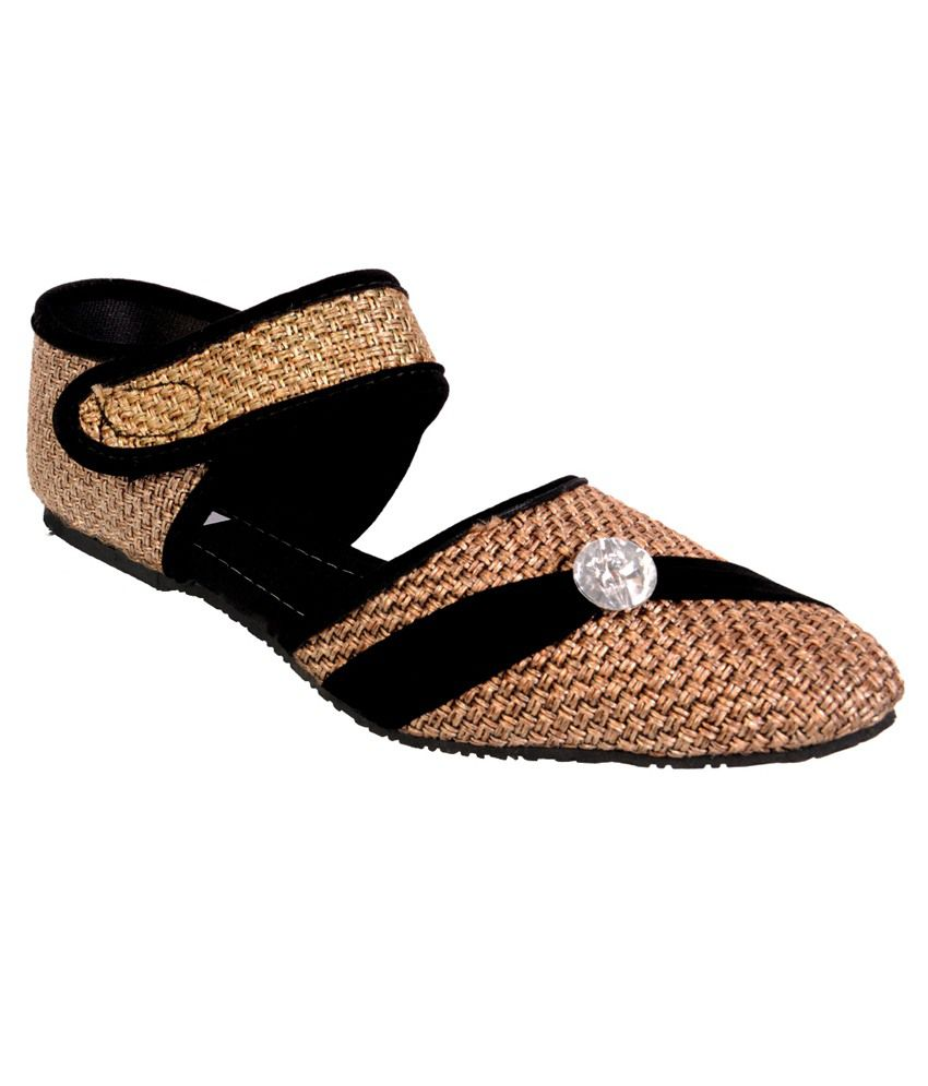 Duppy Brown Flat Sandals