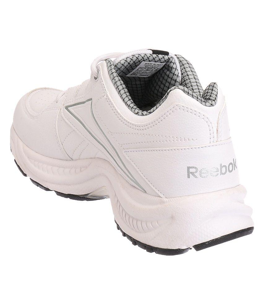 a4b84ca10f4868 Reebok Comfort Run Lp White and Silver Sports Shoes - Buy Reebok ...