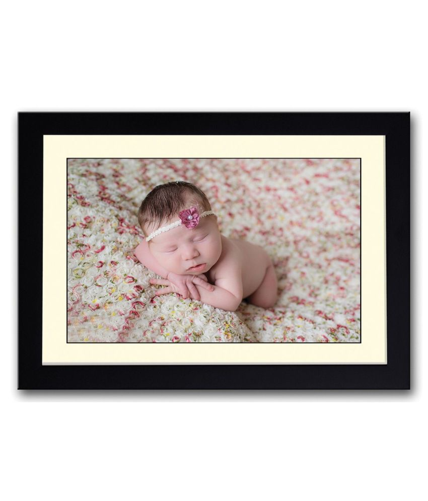 Artifa Matte Baby On Flowery Bed Painting With Wood Frame