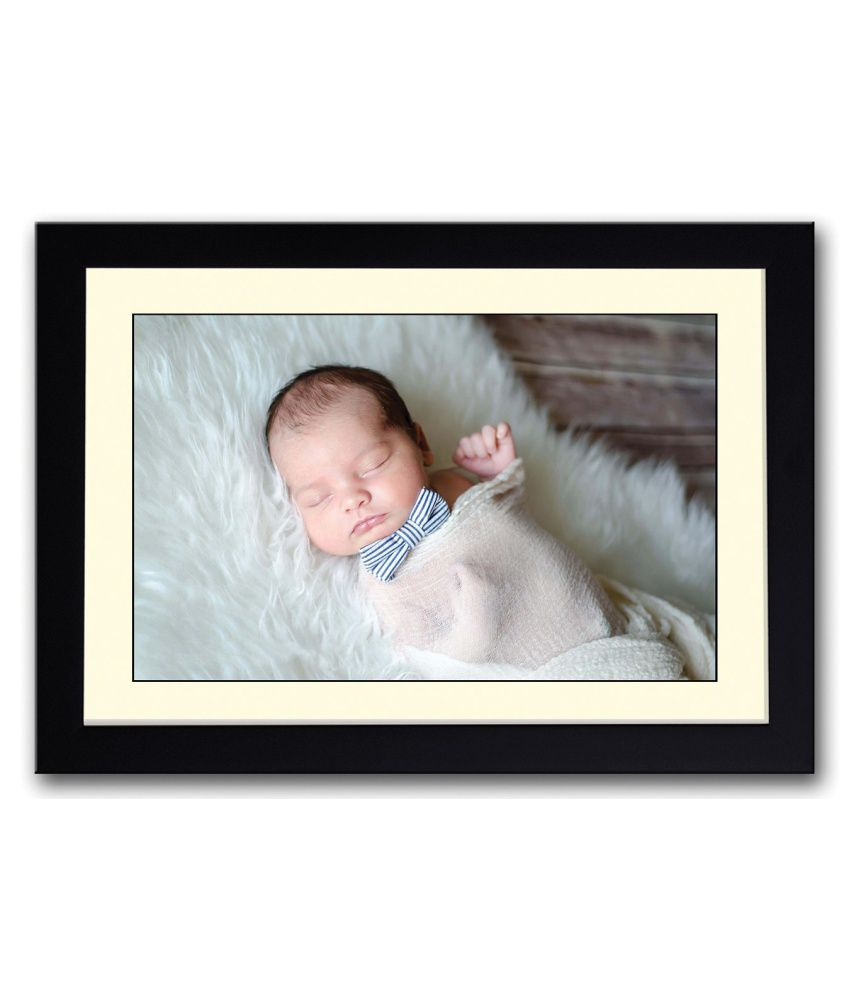 Artifa Matte Baby With A Bow Painting With Metal Frame