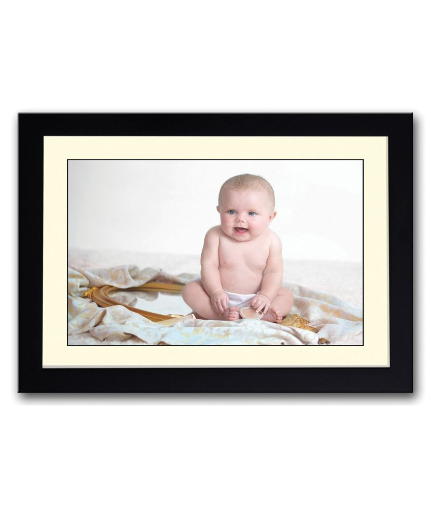 Artifa Matte Baby Sitting On Mirror Painting With Wood Frame