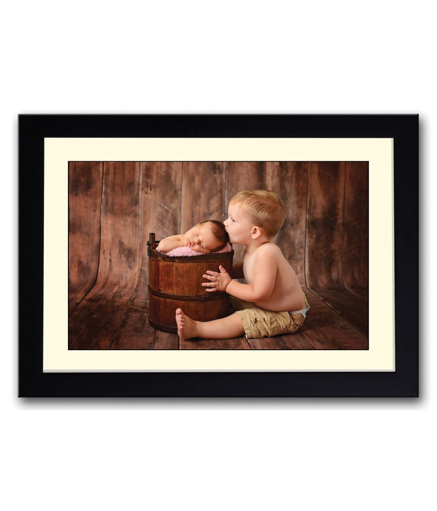 Artifa Matte Boy Kissing Cute Newborn Baby Painting With Wood Frame