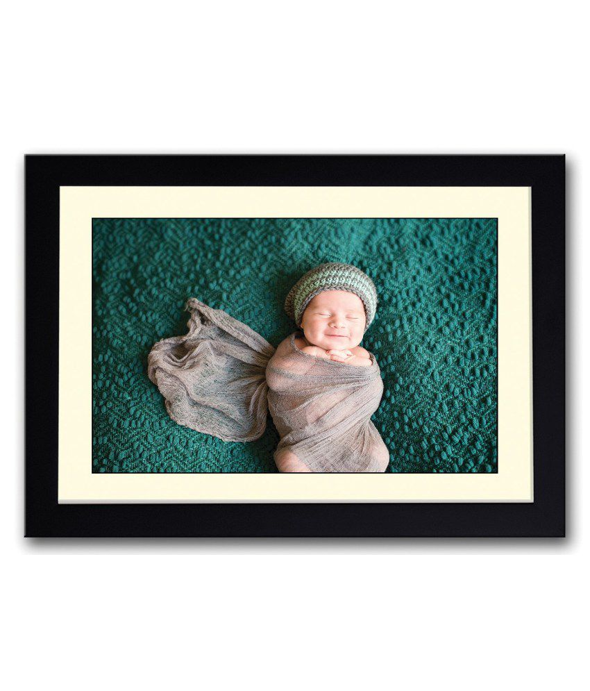 Artifa Matte Smiling Baby Wrapped In Cloth Painting With Wood Frame