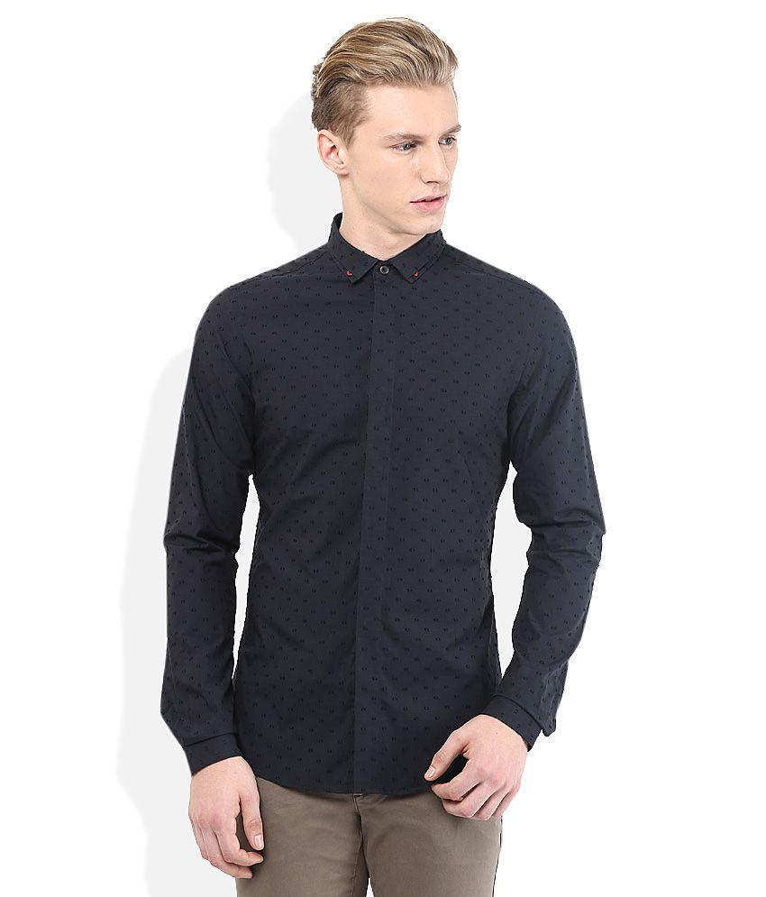 Sisley Black Slim Fit Shirts