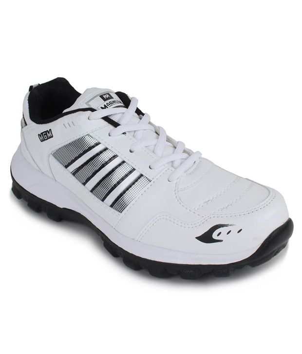 Magnum White Lifestyle Sport Shoes