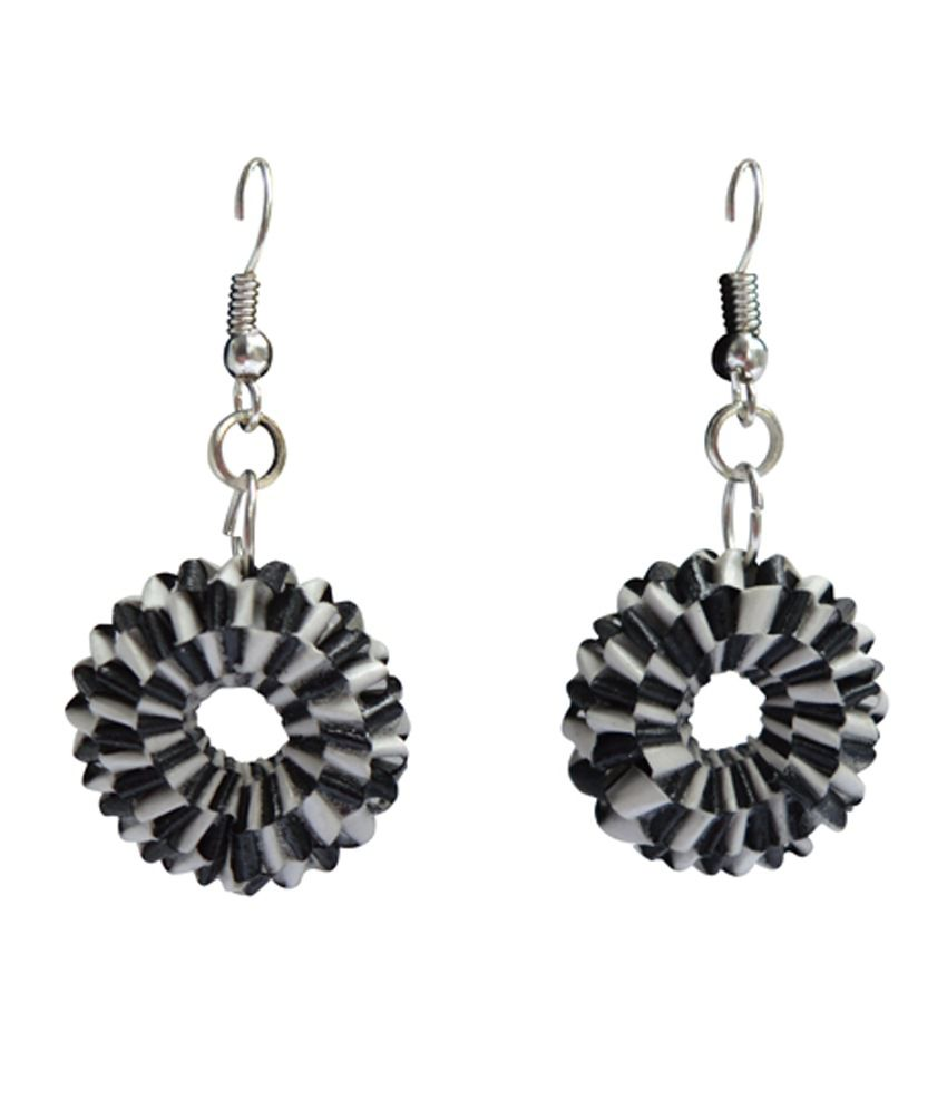 Kaagitham black and white handmade paper quilling weaved earrings