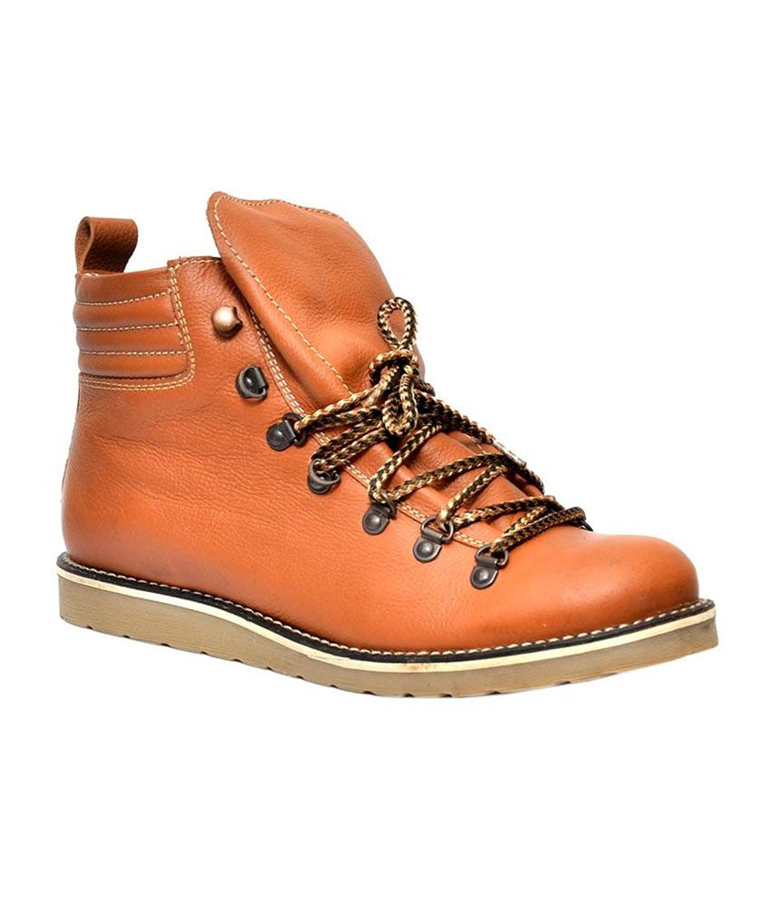 Alpin Tan Boots