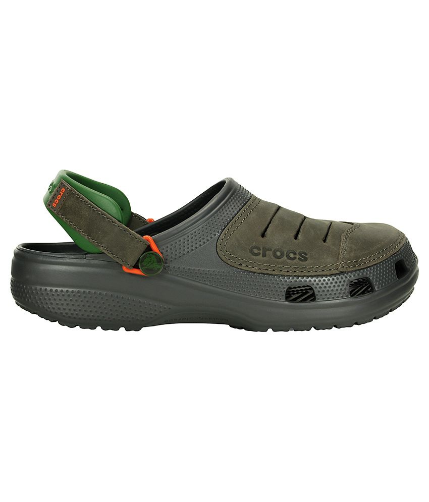 00609efe7 Crocs Yukon Multi Colour Roomy Fit Clog Shoes - Buy Crocs Yukon Multi  Colour Roomy Fit Clog Shoes Online at Best Prices in India on Snapdeal