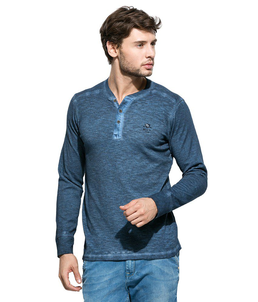 Mufti Blue Solid Henley T Shirt