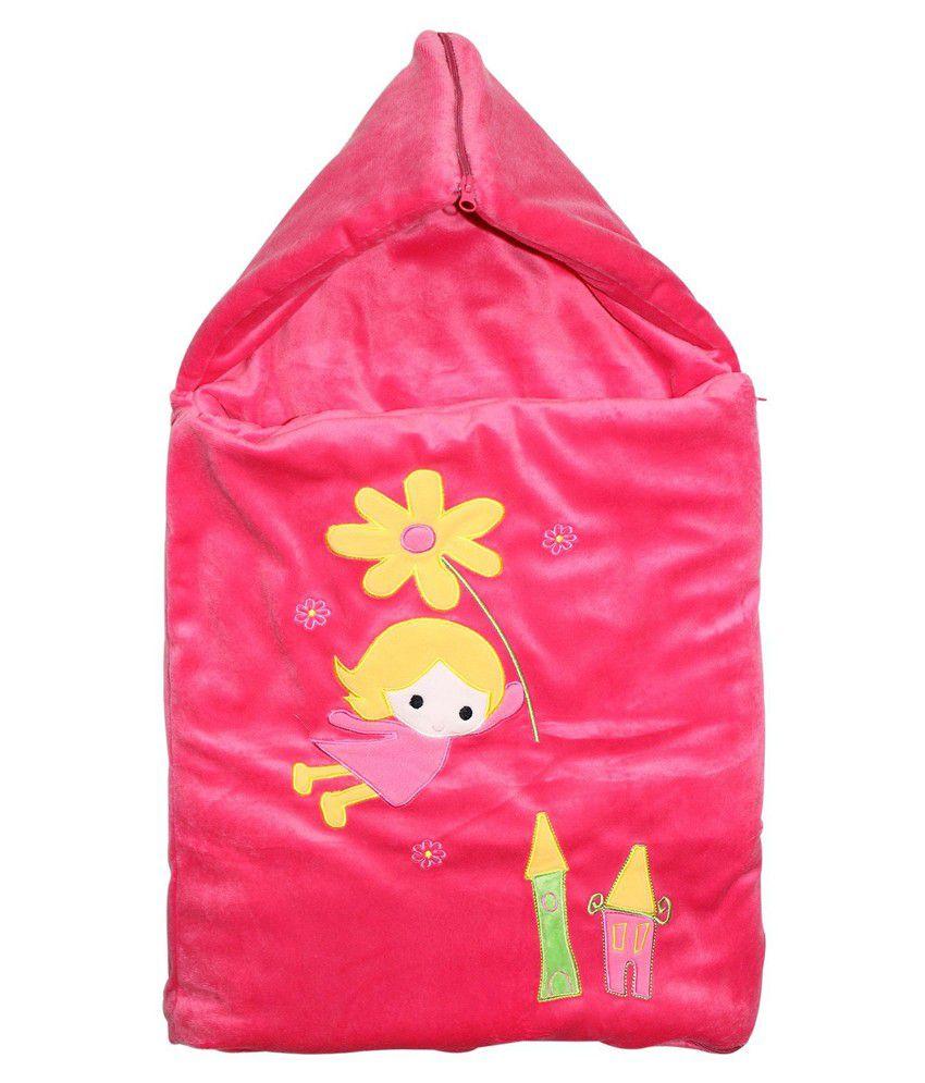 Wonderkids Cute Girl Patch Velvet Baby Carry Nest