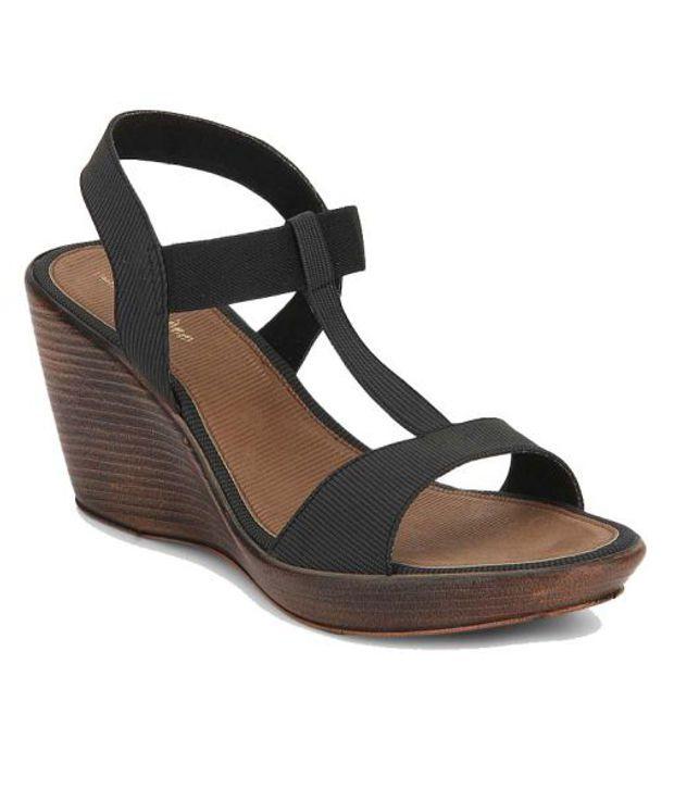 Lamere Sleek Black Heeled Sandals