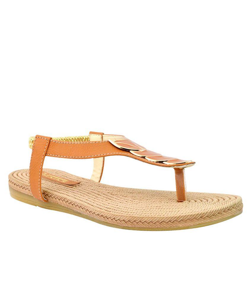 New Divas Tan Sandals