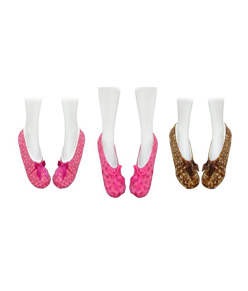 Jack & Ginni Multicolor Woolen Ankle Length Socks For Women - Pack Of 3