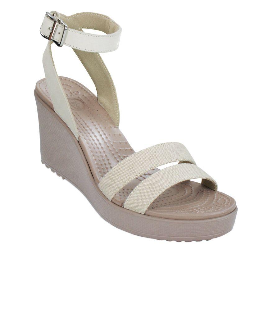 0dc0823366 Crocs White Heeled Slip-on & Pump Standard Fit Price in India- Buy Crocs  White Heeled Slip-on & Pump Standard Fit Online at Snapdeal