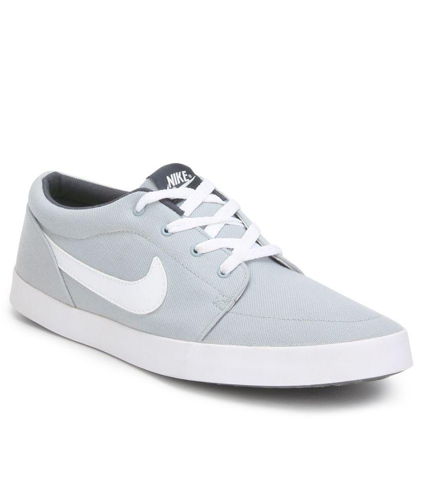 Nike Voleio White Casual Shoes