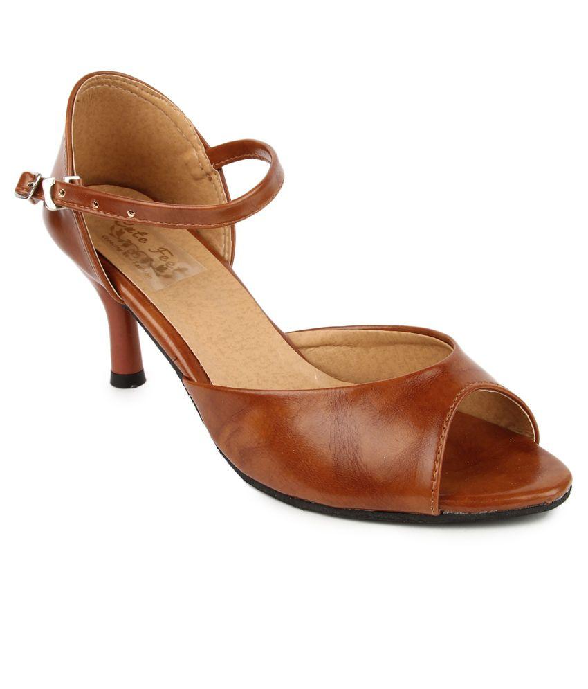 a2458deb48b Cute Feet Tan Kitten Heel Sandals Price in India- Buy Cute Feet Tan ...