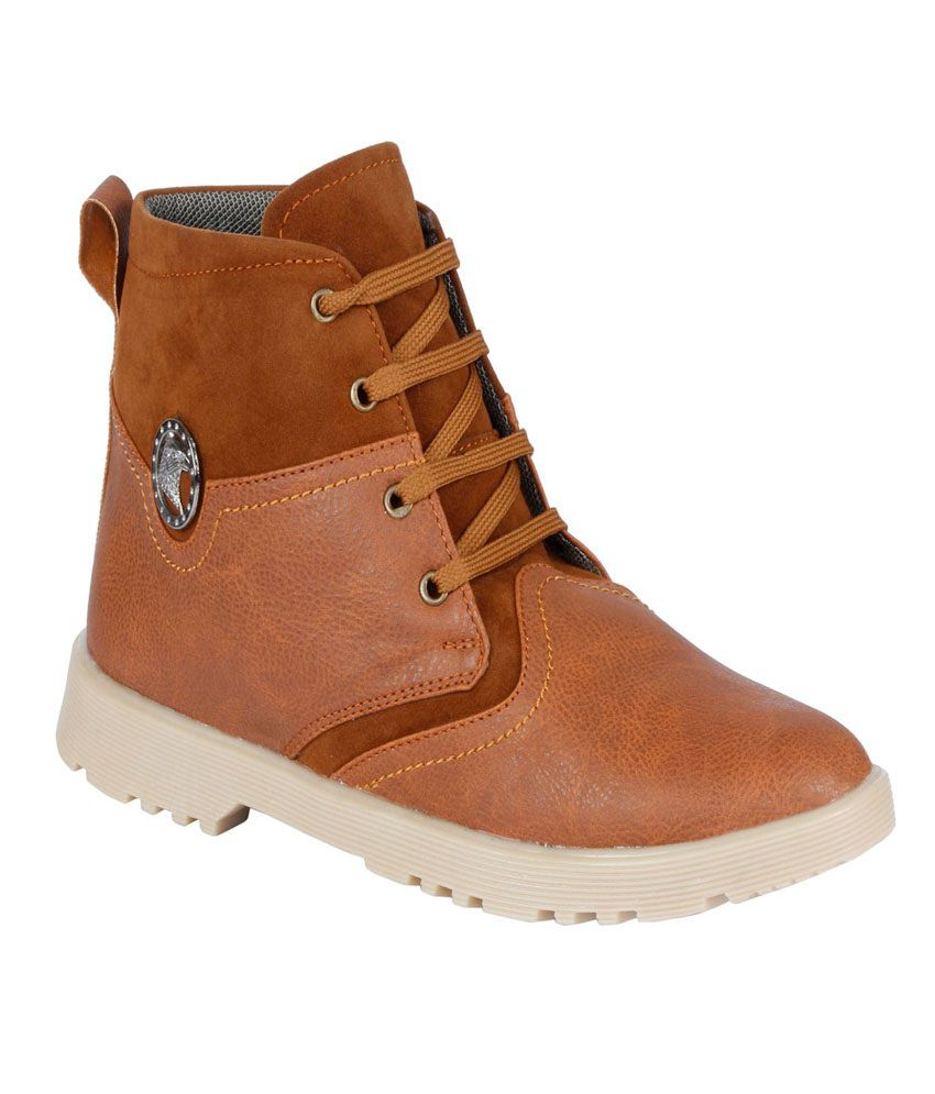 Glee Shoppers Tan Boots