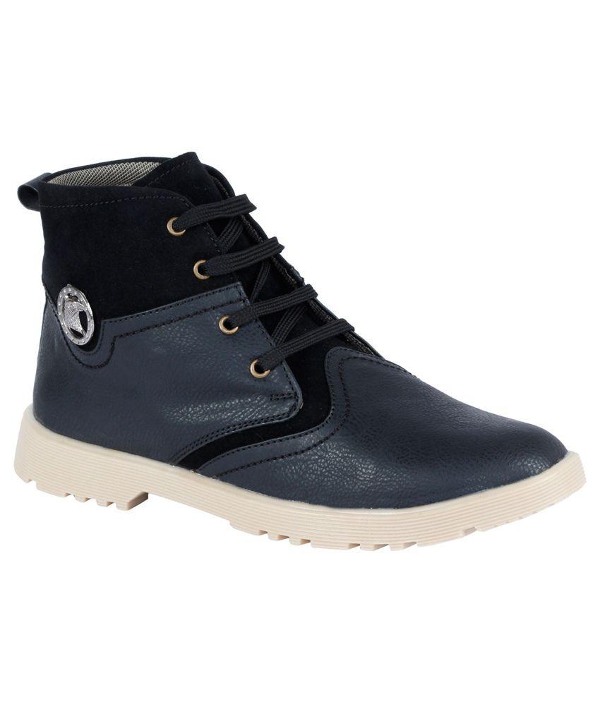 Shoppers Barrel Black Boots