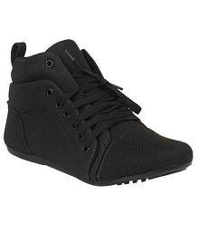 Darling Deals Black Flat Boots