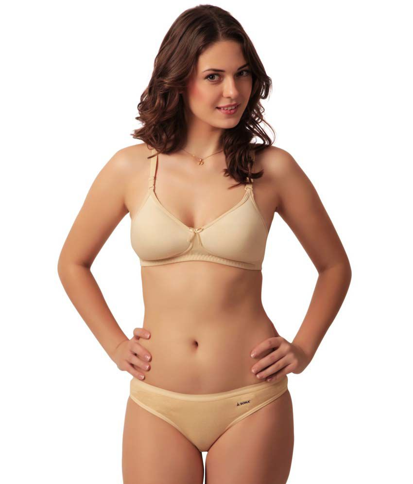 4dde68817f8 Buy Sona Women S Cool Bra Light Padded Full Coverage Plus Size T-Shirt Bra  Online at Best Prices in India - Snapdeal