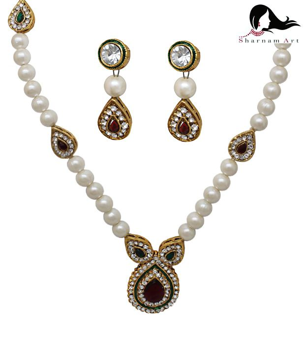 Sharnam Arts Charming Pearl  Pendant Set