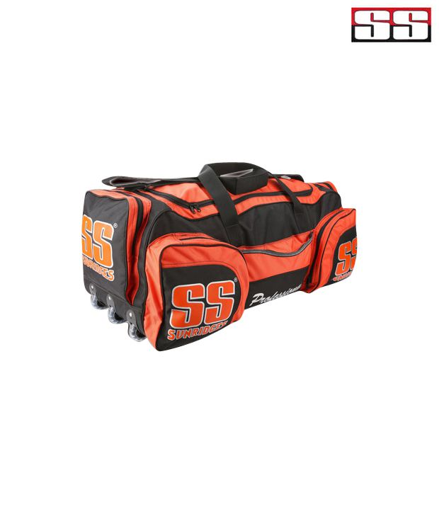 b5f3f1ce4 SS Professional Wheel Cricket Kit Bag  Buy Online at Best Price on Snapdeal