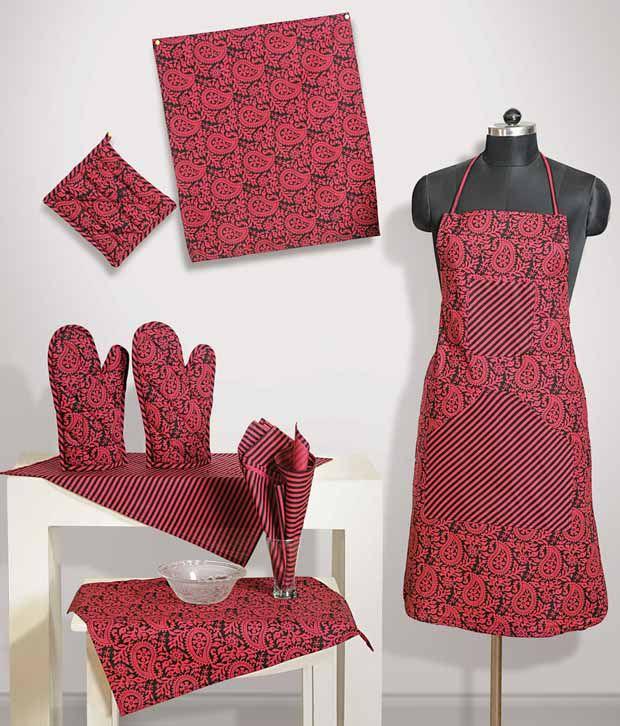 Kitchen Linen Set: Swayam Maroon & Black Kitchen Linen Set- Eight Pcs