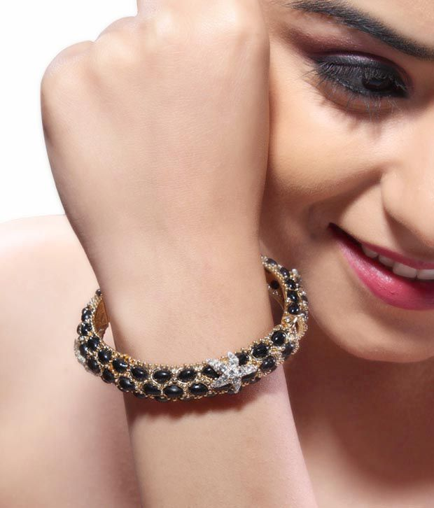 Bansri Starfish Kundan Bangle