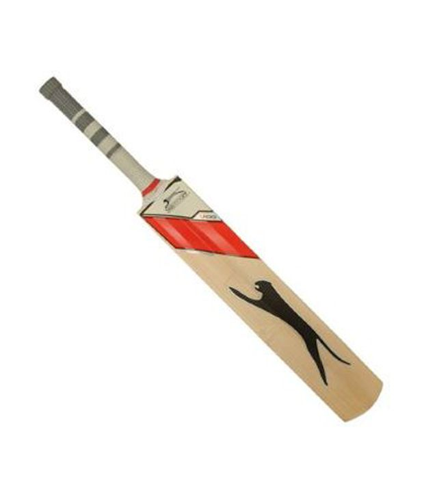 4bbe951cca Slazenger V100 Pro Tas English Willow Cricket Bat: Buy Online at Best Price  on Snapdeal