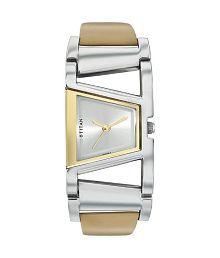 Titan Tagged 2486SL02 Women's Watches