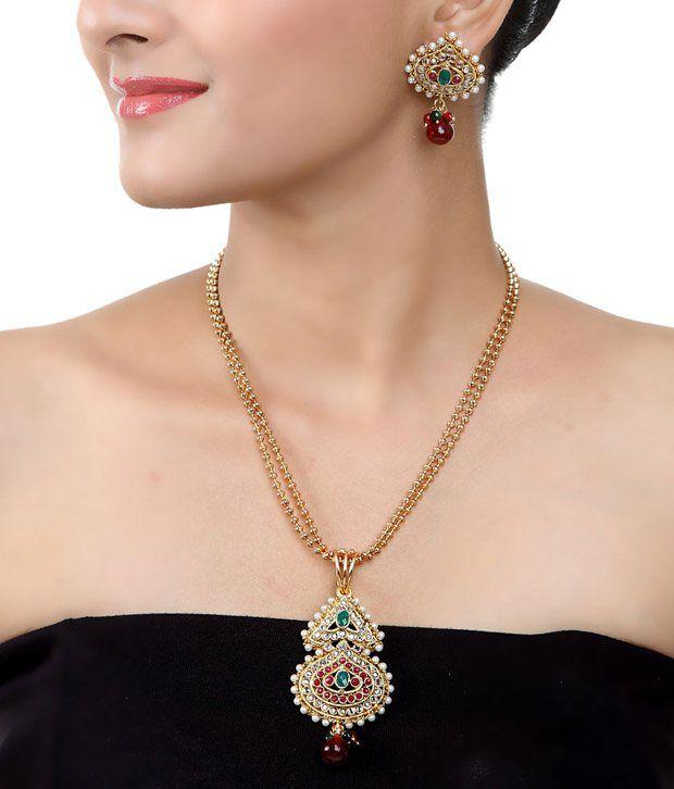 Art Mannia Golden Kundan  Necklace Set