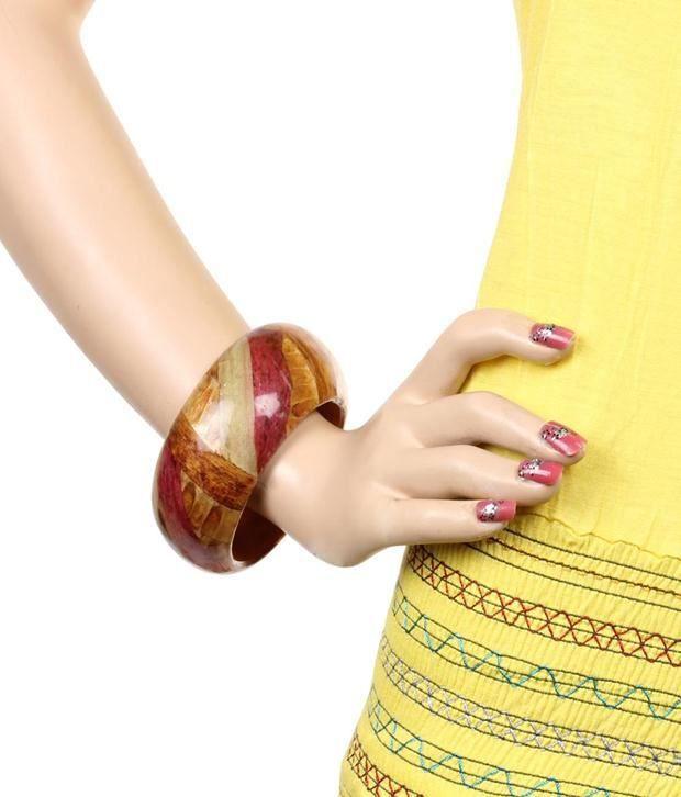 Khoobsurati Style Diva Wood Bangle