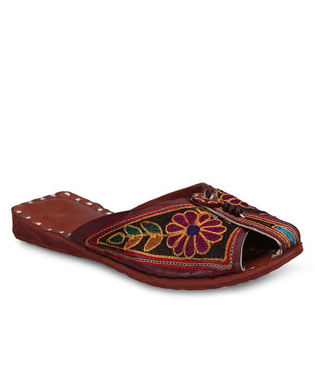 Ethnic Collection Brown Synthetic Flats