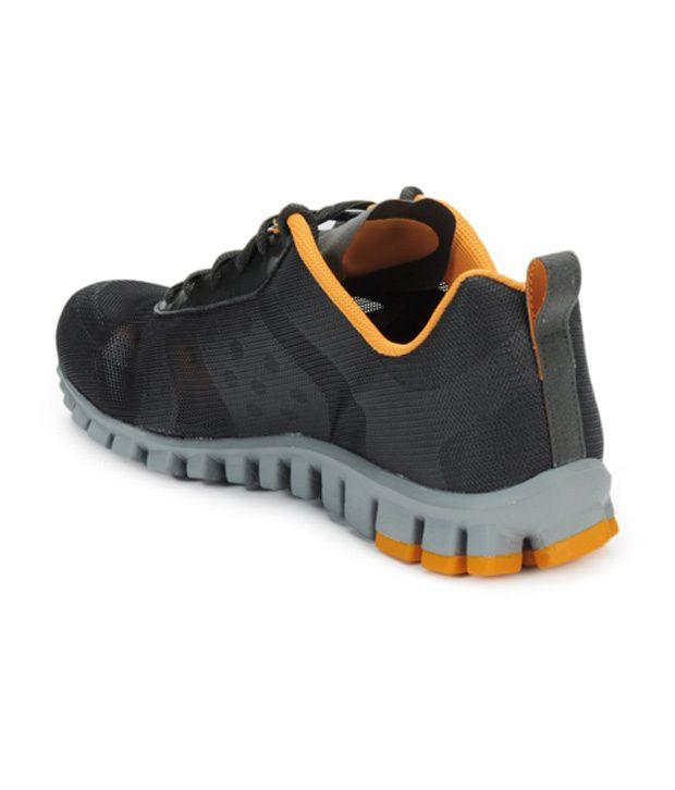 new product 44245 48c16 ... Reebok Men Charcoal Realflex Breeze Sports Shoes ...