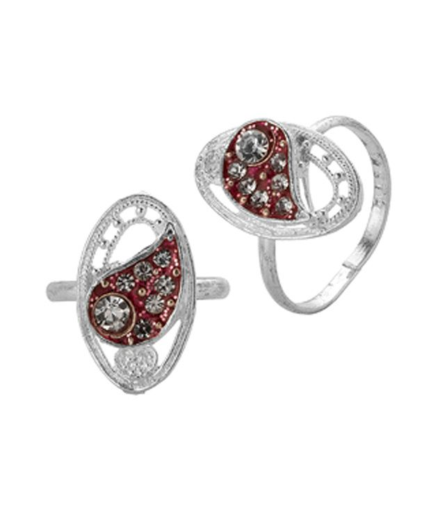 Voylla Paisley Toe Rings With Silver Tone