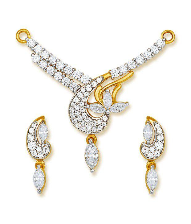 Ishtaa 18Kt HALLMARKED Gold  Signity Swarovski Stones  Mangalsutra