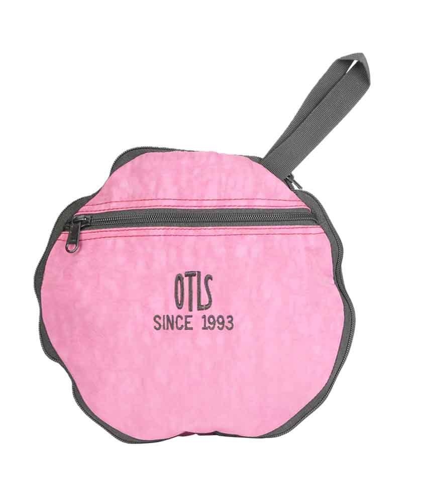 Gym Bag Stylish: OTLS Stylish & Sturdy