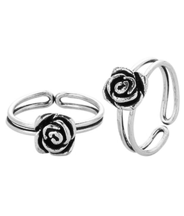 Voylla Silver Plated Toe Rings With Enticing Rose Theme