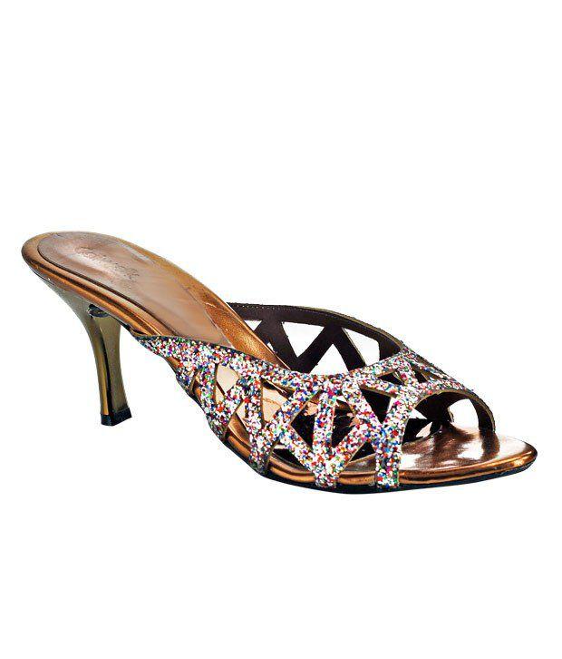 Catwalk Alluring Bronze Slip-on Sandals