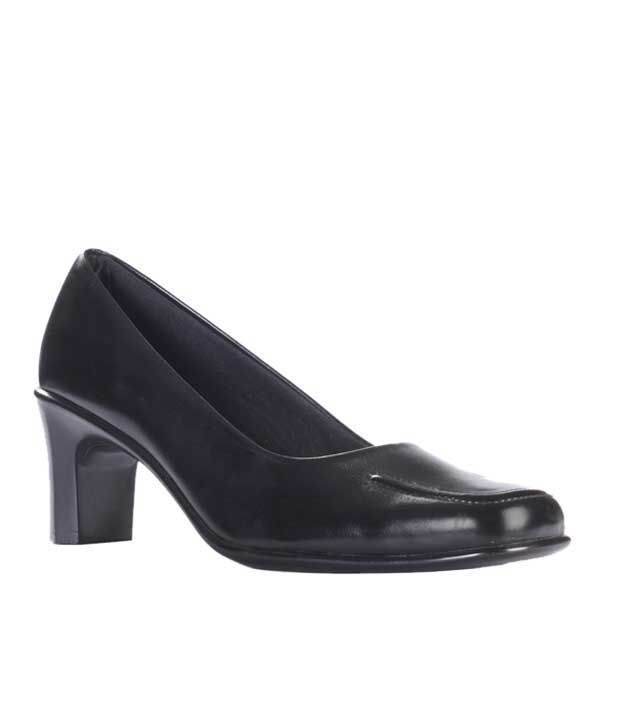Liberty Classic Black Formal Belly Shoes